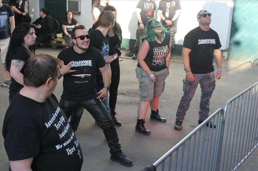 1148453482-gothic-meets-rock-erster-veranstaltungstag-Oka7