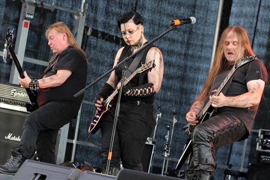 1265999544-gothic-meets-rock-erster-veranstaltungstag-Q4a7